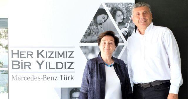 """Mercedes-Benz Türk'ün Her Kızımız Bir Yıldız Projesi kapsamında """"Yıldız Kızlar"""" İstanbul'da buluştu"""