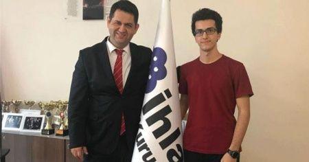 İhlas Koleji'nin gururu YKS birincisi Mustafa Emir Gazioğlu hedefini açıkladı