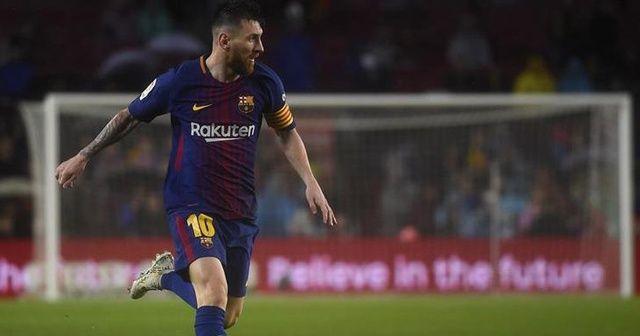 Barcelona'nın kaptanı Messi oldu