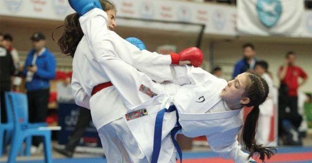 İhlaslı Karateciler Milli Takım'a çağrıldı