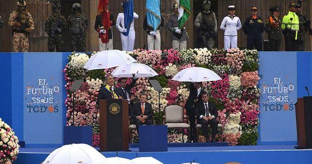 Kolombiya'nın yeni devlet başkanı Duque göreve başladı