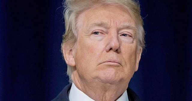 Trump'a yönelik notla gökyüzünden düşen kutu alarma neden oldu
