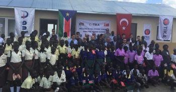Güney Sudanlı öğrenciler TİKA'nın desteğiyle yeni okullarına kavuştu