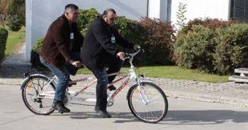 Hadi sorusu İki kişilik bisikletin diğer adı nedir? Hadi bugünkü ipucu nedir İki kişilik bisikletin diğer adı nedir? cevabı