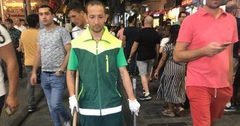 İstanbul Taksim'de temizlik işçisinden insanlık dersi