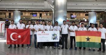 TİKA gönüllüleri yetim ve anaokulu öğrencileri için Gana'da
