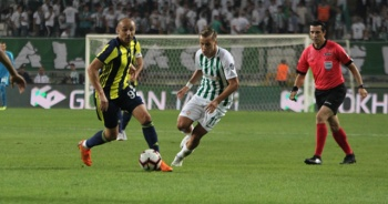 Atiker Konyaspor - Fenerbahçe 1-0 Maçı özeti ve golleri İZLE! Konyaspor - FB maçı Kaç Kaç Bitti?