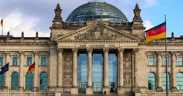 Almanya'dan Çin'e Sincan eleştirisi