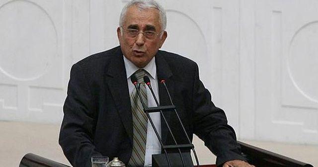 Eski bakanlardan Ali Topuz hastaneye kaldırıldı