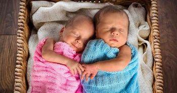 Anne karnında kız bebek belirtileri, bebek sağ tarafta olursa cinsiyeti ne olur