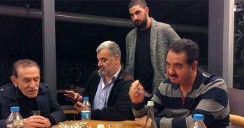 Usta Oyuncu Aydemir Akbaş'a Bağırsak ve Kolon Kanseri Teşhisi Konuldu