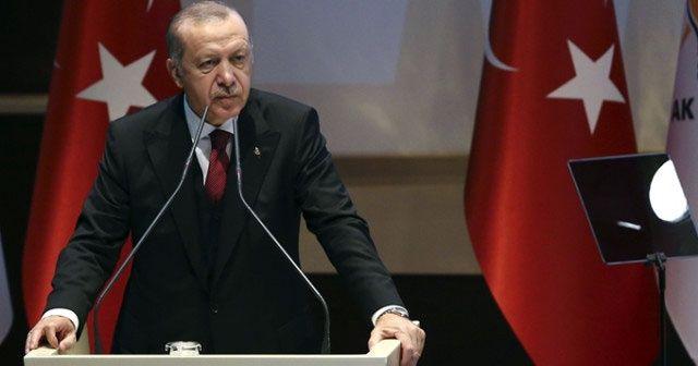 Erdoğan konuşması sırasında dönüp Bakan'ı bu sözlerle uyardı: 'Murat buna dikkat et'