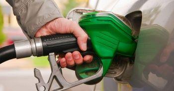 Benzin fiyatlarına 16 kuruş indirim geliyor!