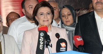 Eski Bakan, belediye başkanlığına aday adaylığını açıkladı