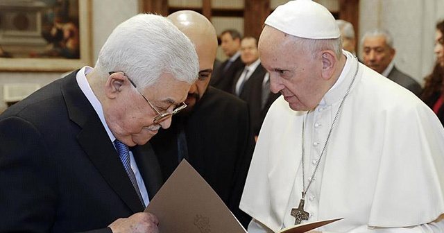 Filistin Başkanı Abbas ve Papa Orta Doğu'yu konuştu