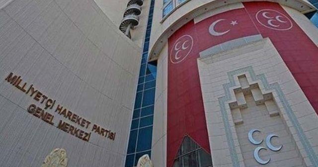 AK Parti'den sonra MHP'den de afiş asmama kararı