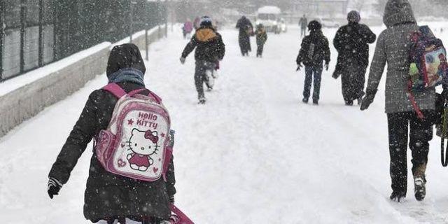 Ankara ve 11 ilde okullara kar tatili