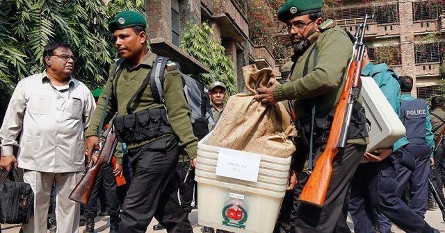 Bangladeş'teki seçimlerde kan döküldü: Çok sayıda ölü ve yaralı var
