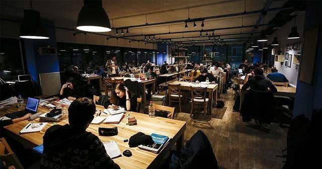 Başkentin 'uyanık kütüphane' kafeteryaları