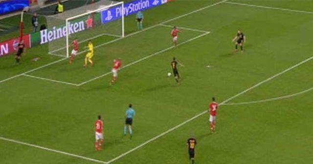 Galatasaray Benfica maçında taraftarın unutamadığı gol pozisyonu