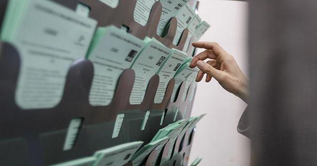 İspanya'da Endülüs seçimlerinde aşırı sağ sürprizi