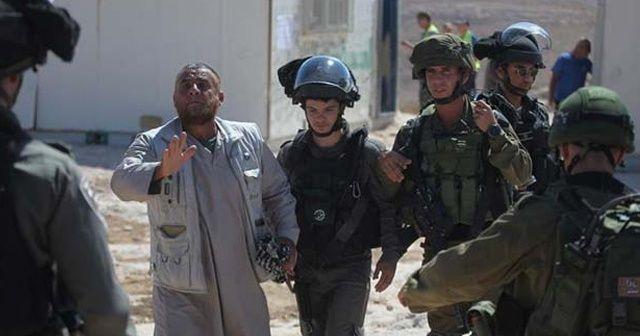 İsrail güçleri 14 Filistinliyi gözaltına aldı