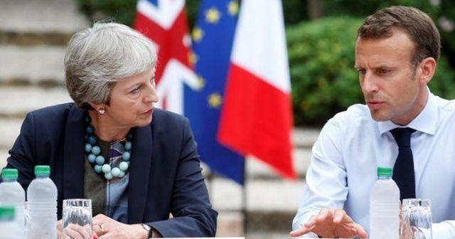 """Macron'dan May'e: """"Brexit anlaşmasını tekrar müzakere etmek söz konusu değil"""""""