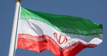 """""""İran'da milletvekillerinin yarısı rejimin yıkılmasını istiyor"""""""
