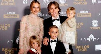 Ballon d'Or (Altın Top) ödülünü Luka Modric kazandı