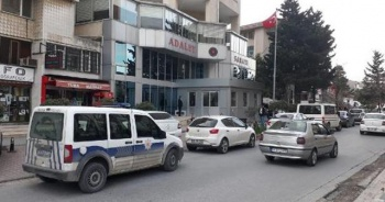 Büyükçekmece Adliyesi bomba ihbarı nedeniyle boşaltıldı