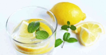Limonlu Su Faydaları Limonlu Su Ne İşe Yarar Zayıflatır Mı