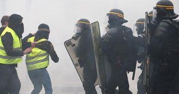 Macron'dan protestolarda görevli polislere özel prim