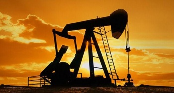 Suudi Arabistan ve Rusya petrol üretimini günlük 750 bin varil kısacak