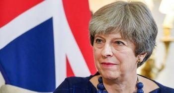 Theresa May'den güvenoyu sonrası 'birlik mesajı'