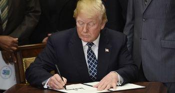 Trump, özel kalem müdürlüğüne vekaleten atama yapacak