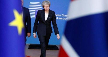 AB, Brexit'te 'yeniden müzakereye' kapıları kapattı