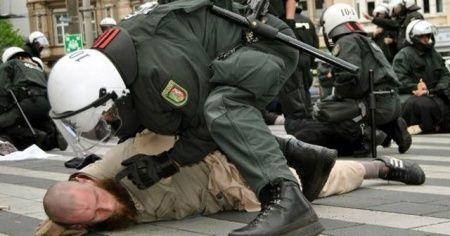 Almanya'da polise 'olağanüstü' yetki