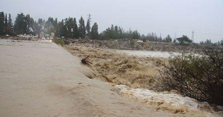Antalya'da sağanak yağıştan 2 doktor dağda mahsur kaldı