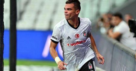 Beşiktaş'ta Pepe ile yollar resmen ayrıldı
