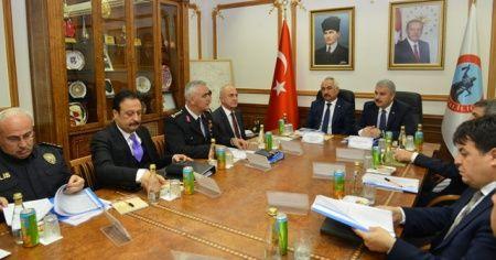 """İçişleri Bakan Yardımcısı Mehmet Ersoy: """"Türk-İş Başkanı açıklamalarını tehlikeli buluyorum"""""""