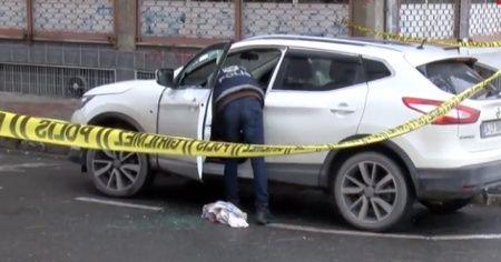 İstanbul'da silahlı saldırı! Cipe kurşun yağdırdılar