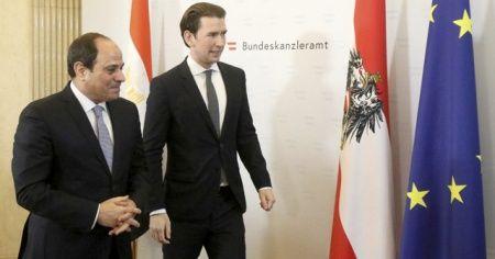 Sisi Viyana'da rezil oldu