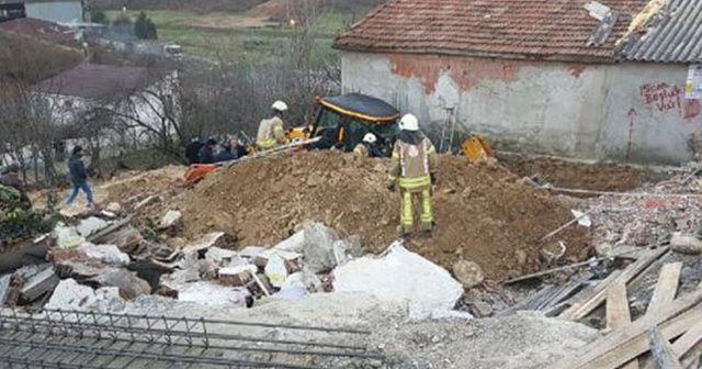 Arnavutköy'de inşaat kazısında göçük