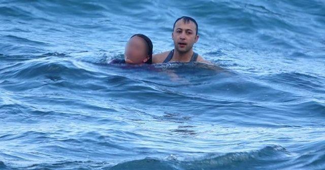 Denize düşen kadını, komutan kurtardı