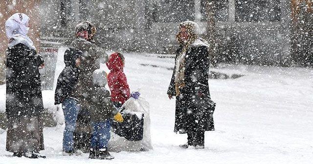 Eğitime kar engeli! Hangi illerde okullar tatil