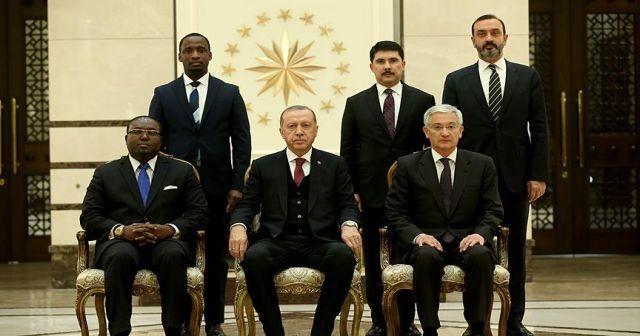 Erdoğan, Ekvator Ginesi Büyükelçisini kabul etti
