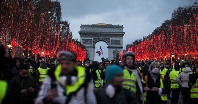 Fransa'da izinsiz gösteriler ve şiddet olayları cezalandırılacak