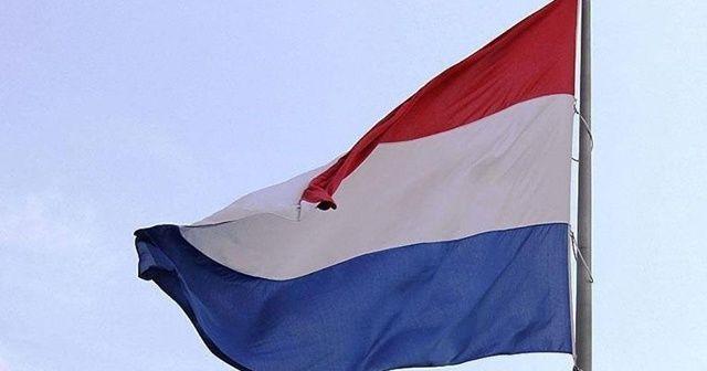 Hollanda'da İran Büyükelçiliğine saldırı
