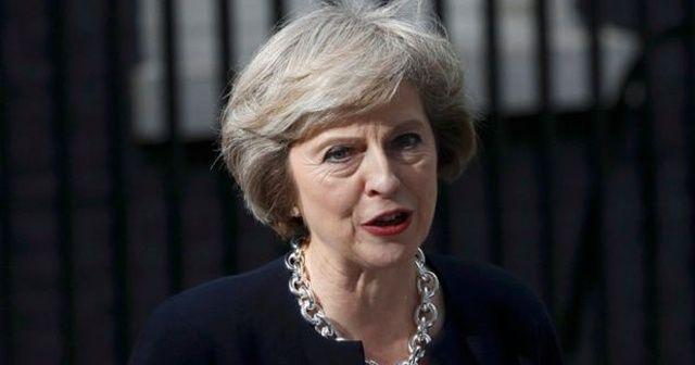 """İngiltere Başbakanı May: """"Milletvekilleri anlaşmayı desteklemezse anlaşmalı ayrılma tehlikeye girer"""""""