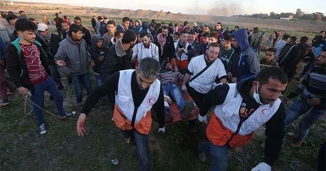 İsrail askerleri Gazze sınırında 30 Filistinliyi yaraladı